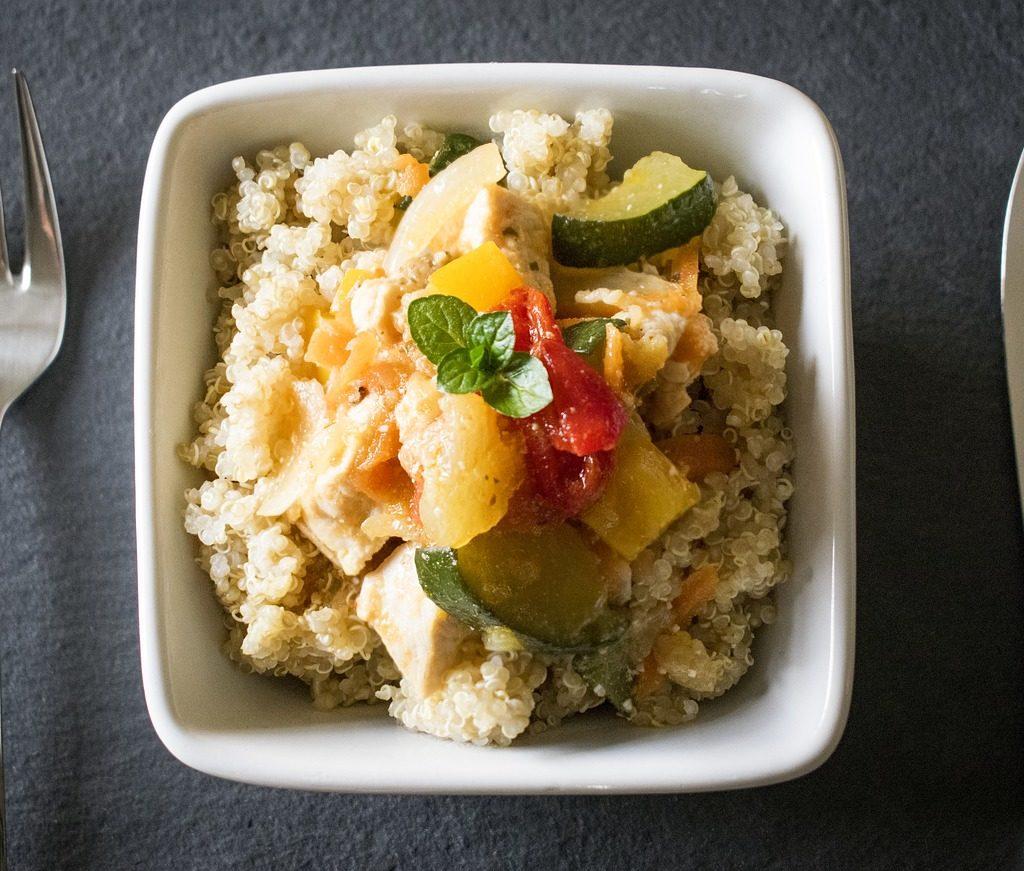 Quinoa cuisiné avec des légumes